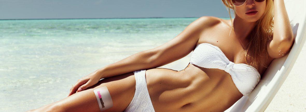 Summer girl model with bodywallet